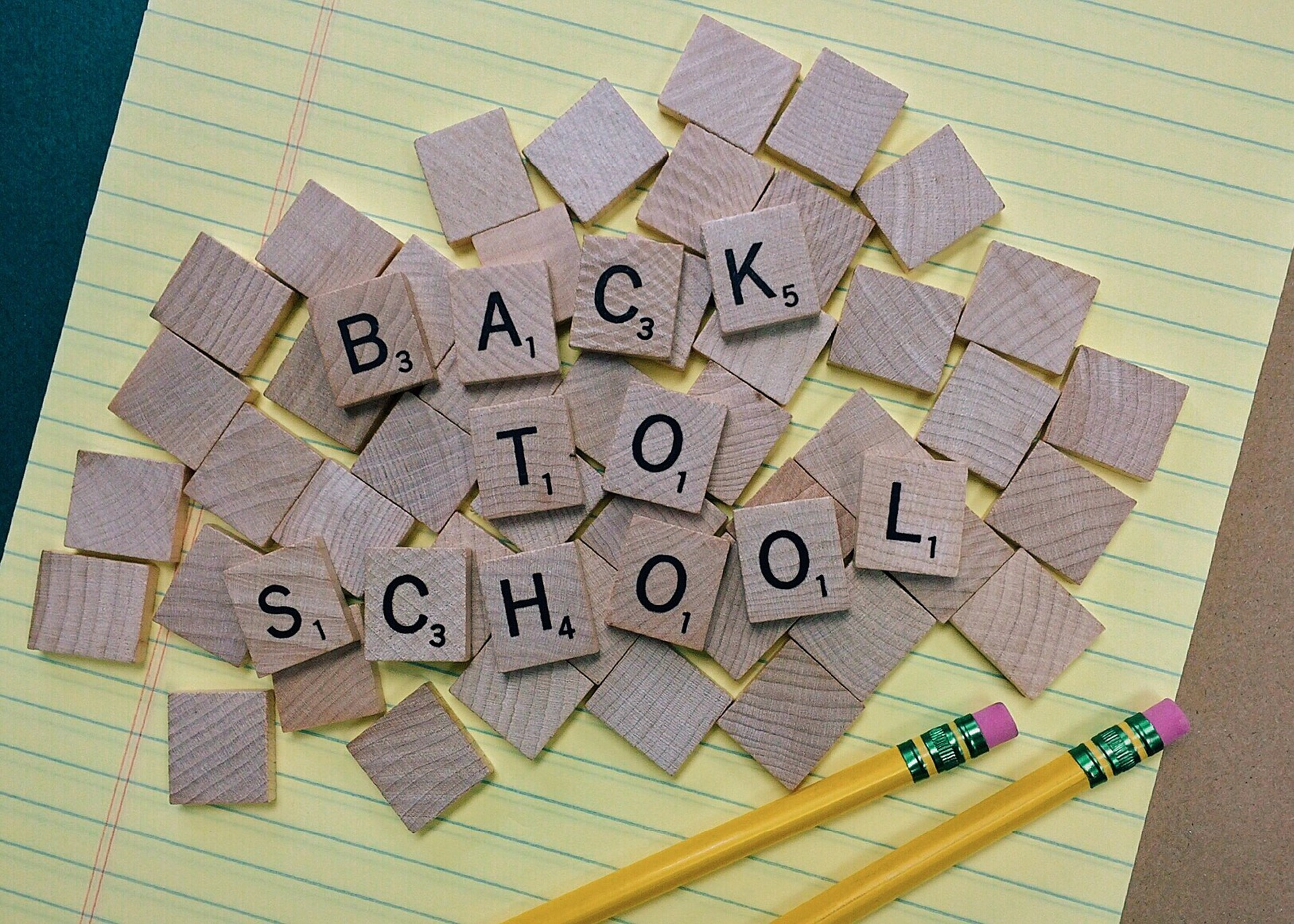 back-to-school-1622789_1920